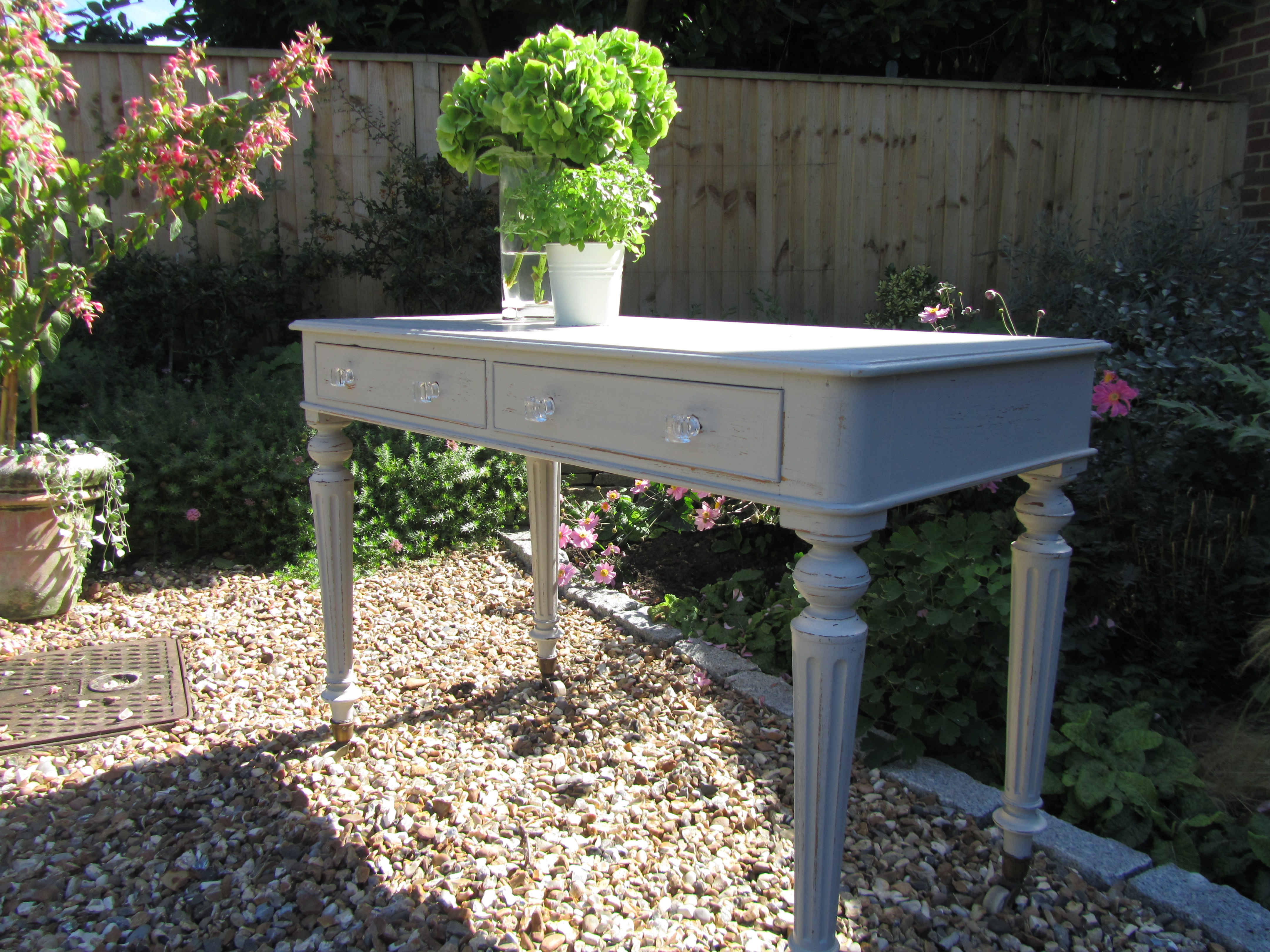 Tracy Sheridan Interiors Hand Painted Furniture In
